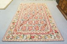 BIJOU COLLECTION WOOL HOOKED RUG. FLORAL PATTERN. 8 FT 6 IN X 5 FT 6 IN