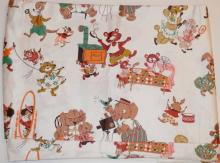LARGE BOLT CHILD'S FABRIC W/ BEARS, POODLES, ELEPHANTS ETC. APP  25 1/2 FT X 3 FT