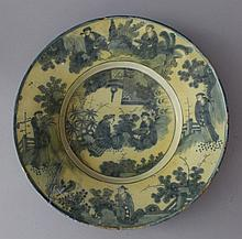 Francfort Majolica dish with painted blue Chinese