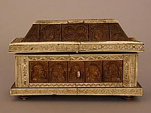 Casket in medieval manner, in the style of the Embriachi Family, rectangula