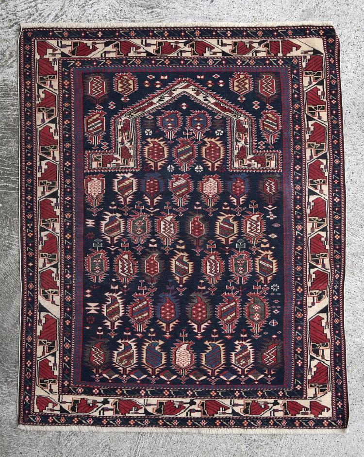 tapis de pri 232 re shirvan 224 38 semis de boteh sur ch bleu