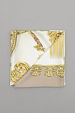 carré en soie Hermès