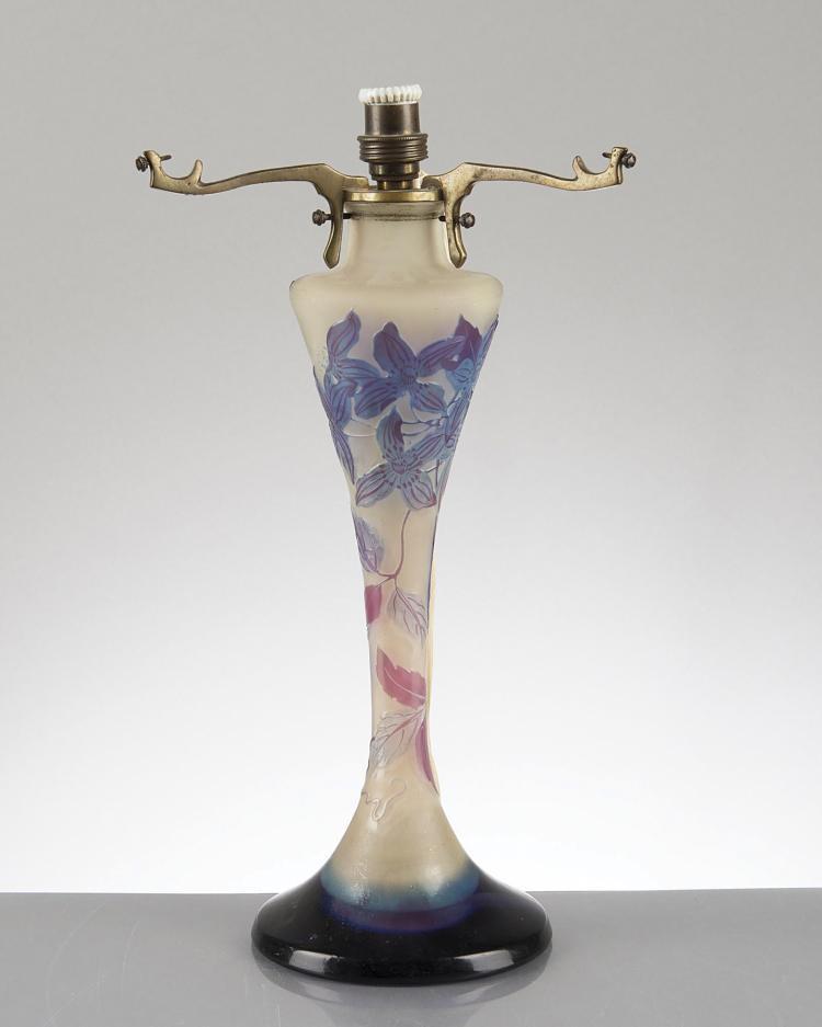 Pied De Lampe Gall D Cor De Fleurs En Bleu Et Mauve Sign