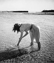 ARR Edouard Boubat (1928-1999). Bretagne, 1948. Gelatin silver print, printed later, signed in ink