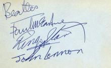 AUTOGRAPH ALBUM - INCL. PAUL MCCARTNEY,RINGO STARR - Autograph album with signatures by Paul McCartney, Ringo Starr