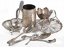 A collection of silver items, to include: an Edwardian silver christening mug