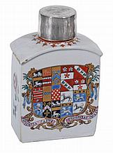 A Chinese porcelain armorial tea caddy, Qing Dynasty, Qianlong