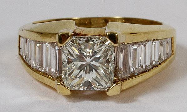1.50 CT. PRINCESS CUT DIAMOND RING WITH 1.40 CT.