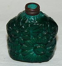 Green Flower Snuff Bottle, no stopper