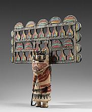 ANCIENNE ET RARE KACHINA PALIK MANA ou BUTTERFLY MAIDEN  Cotton wood, pigments, coton et laine