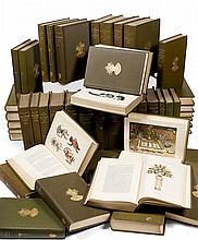 DOCUMENTATION Suite des « Annual Report of the American Bureau of Ethnology », des années 1880 à 1931   soit 52 volumes, y sont joints les rapports des années 1931 à 1963, brochés et qui ne comportent pas de publication annexe.