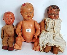 DOLLS; A collection of 3x vintage dolls to include