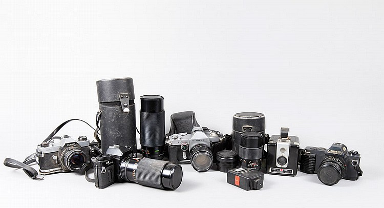 Grouping of 9 Cameras, Lens & Flash