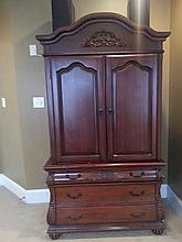 Master  Room Armoire