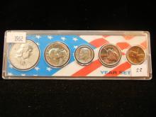 1962 silver US Proof set in nice package.
