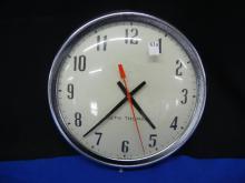Seth Thomas Vintage Chrome Electric Clock Runs & Keeps Time
