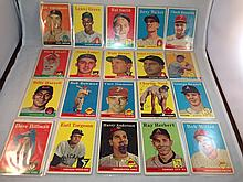 1958 Topps Lot of 20 - Writing on a lot of them
