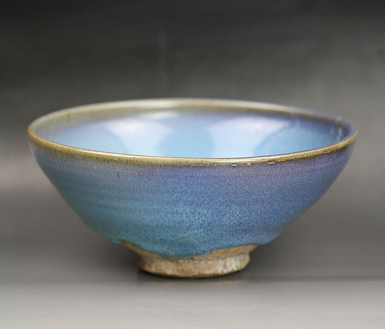 A Purple-Splashed Jun-Type Bowl