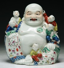 A Chinese Antique Famille Rose Porcelain Buddha