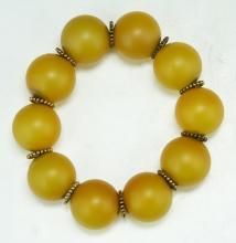 A Chinese Hetian Yellow Jade Beaded Bracelet