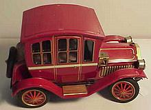 Vintage Tin Lithograph Old Timey Car (Battery Operated) Made in Japan