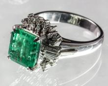 NATURAL COLOMBIAN EMERALD RING WITH DIAMOND PLATINUM MOUNTED(WITH CERTIFICATION)
