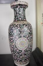 Chinese porcelain colorful ink big vase