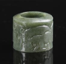Chinese Carved Spinach Jade Thumb Ring