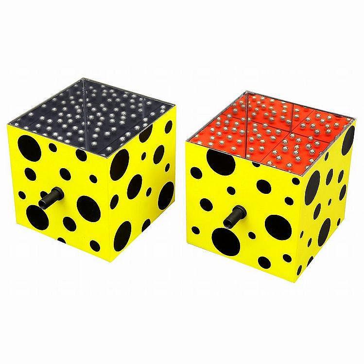 Artist: KUSAMA Yayoi  Title: MIRROR BOX(2 PIECES)