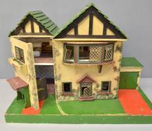 1930's doll's house,