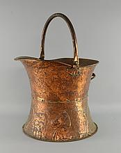 Arts & Crafts Copper coal bucket of helmet form