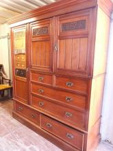 Early 20th century walnut compactum