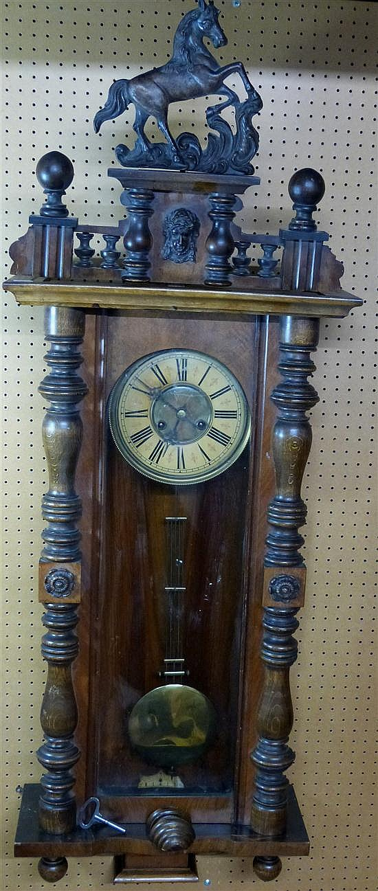 Early twentieth century walnut Vienna regulator clock