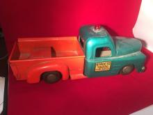 Huge Collectible Auction: Vintage Models, Toy, Diecast Cars, Mixed Collectibles and more.