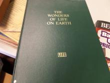 BOOK Lifes The Wonders Of Life On Earth 1960