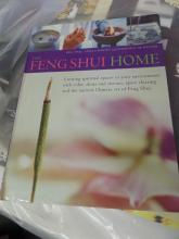 BOOK LIKE NEW The Feng Shui Home