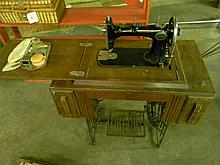 Antique Wards Damascus Rotary Sewing Machine