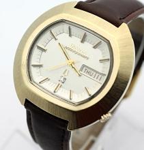 Circa 1973 Men's Bulova ACCUQUARTZ 224 Diamond Dial Watch