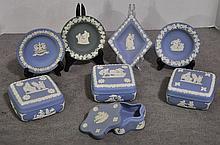 Bx Eight Pieces Wedgwood Jasperware