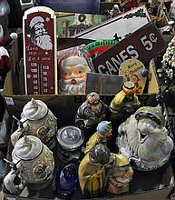 Two Bxs Christmas Figurines & Novelty Items