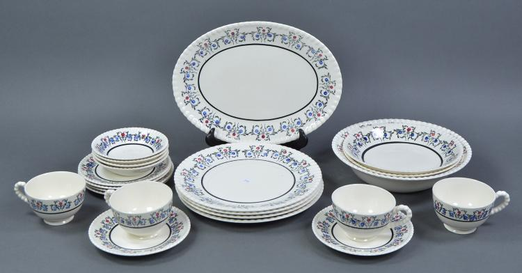 22 Pieces Southern Potteries, Inc Dinnerware
