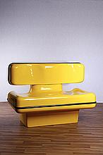 Dominique Prevost (XXe siècle) Banc jaune à deux places
