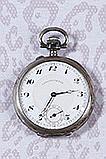 Ensemble de 10 montres comprenant :