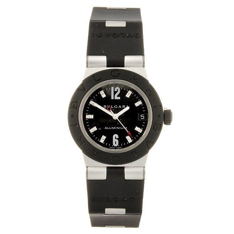A quartz mid-size Bulgari Aluminium wrist watch.