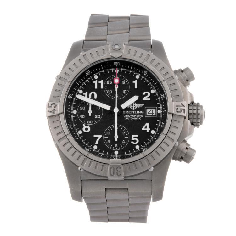 BREITLING - a gentleman's titanium Aeromarine Chrono Avenger chronograph bracelet watch