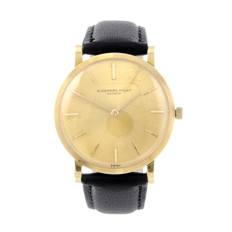 AUDEMARS PIGUET - a gentleman's yellow metal wrist watch