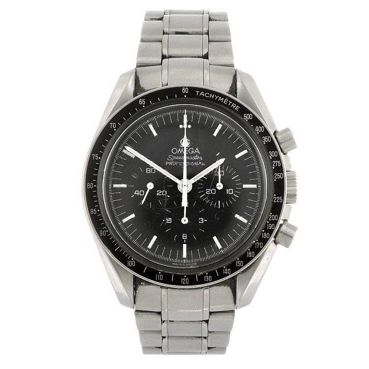 (0000291) A stainless steel manual wind gentleman's Omega Speedmaster bracelet watch.