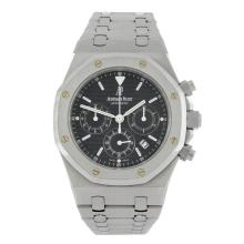 AUDEMARS PIGUET - a gentleman's stainless steel Royal Oak chronograph bracelet watch.