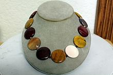 MIXED QUARTZ NECKLACE