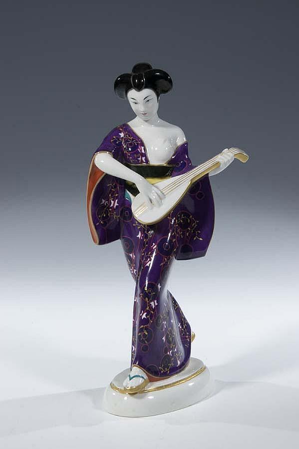 Japanerin mit Mandoline